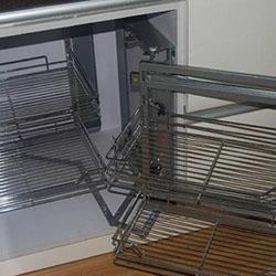 Μηχανισμοί γωνιακών ντουλαπιών